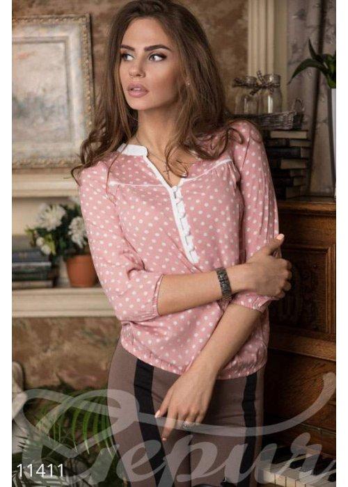 Свободная розовая блузка