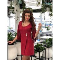 Практичное замшевое платье