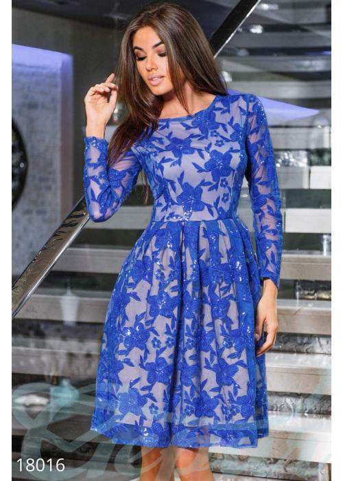 Вечернее платье пайетками