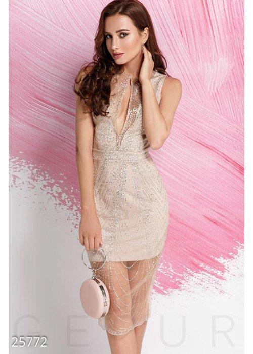 Изящное платье-сетка