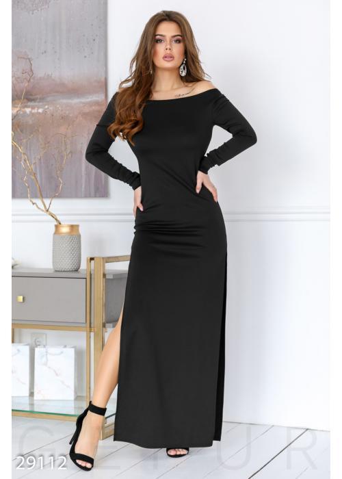 Облегающее платье с разрезом