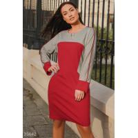 Платье с моделирующими вставками