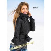 Теплая куртка черная с поясом